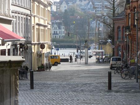 Versetzung der Hafenhütte in Flensburg abgeschlosssen