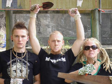 Hard und heavy im Volksbad Flensburg – El Schlong, Neutrum & Caged In Chorazin