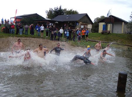 Kinder-Seefest und der 6. HollerMan mit der DLRG Holmarksee