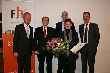 FH Flensburg Präsident verleiht Honorarprofessur an Dr. Michaela Oesser