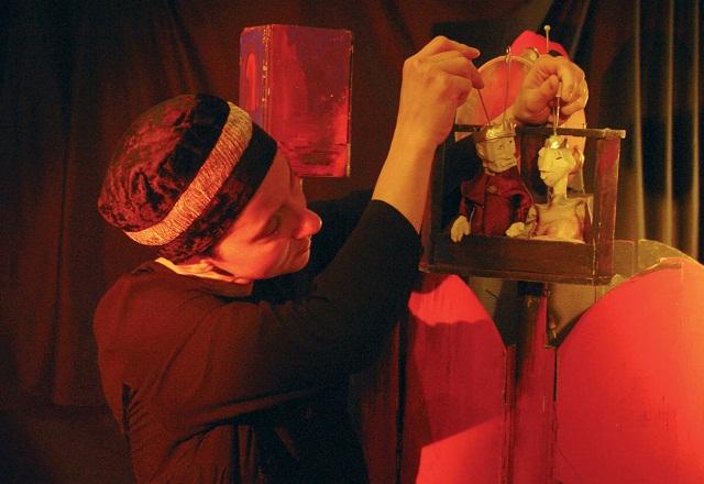Puppentheater im Deutschen Haus: Dornröschen bei Krimmelmokel