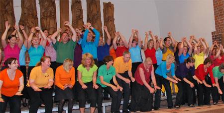 Das groovt – Gospelchor Holtenau singt in Flensburg-Weiche