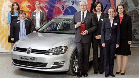FH-Flensburg Absolventin Lisa Wirries erreicht 2. Platz beim Woman DrivING Award von Volkswagen