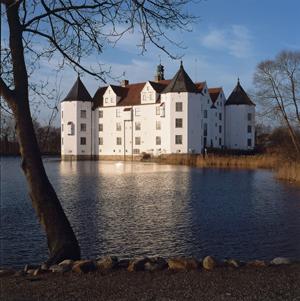 Schloss Glücksburg wird zur Briefmarke