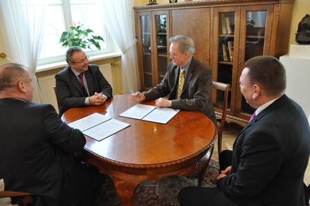FH Flensburg und Universität Warschau arbeiten künftig zusammen