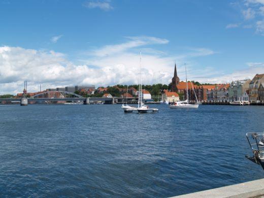 Wirtschaftsakademie Flensburg – Leben  und  Arbeiten  in  der  Grenzregion