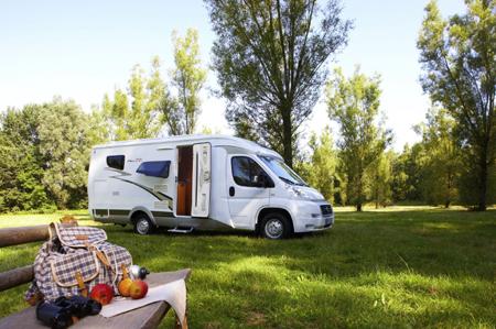 Caravan Center Nord in Harrislee hilft Caravan und Reisemobil vor Einbrüchen schützen