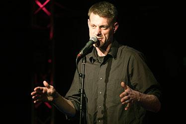 Kabarett mit Björn Högsdal – Soloprogramm im Kühlhaus Flensburg