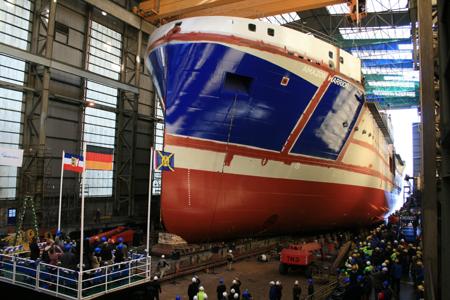 Flensburger Schiffbau-Gesellschaft nun im Offshore-Geschäft tätig – Offshore-Seismik-Schiff vom Stapel gelaufen