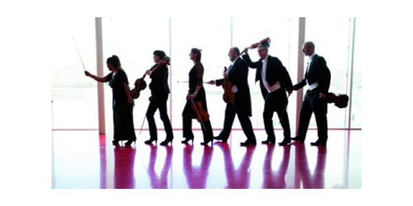 Sønderjyllands Symfoniorkester Weihnachtsgala im Deutschen Haus Flensburg