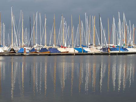 Diesen Sommer mit dem Boot auf der Flensburger Förde schippern? Fundsachenversteigerung im Rathaus