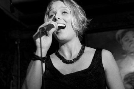 Bjarne Roupé Trio feat. Tine Bruhn im Flensborghus