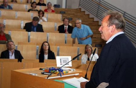 Flensburg – Ver.di- Chef Frank Bsirske fordert umfassende Eindämmung prekärer Arbeitsverhältnisse