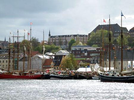 Flensburger präsentieren ihre Ideen auf dem Parkplatz Schiffbrücke