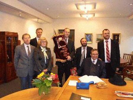 Jüdische Delegation aus Miami zu Besuch im Flensburger Rathaus