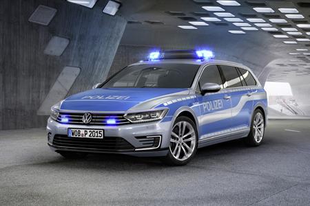 Tatü Tata! Neuer Volkswagen Passat als Hightech-Polizeifahrzeug