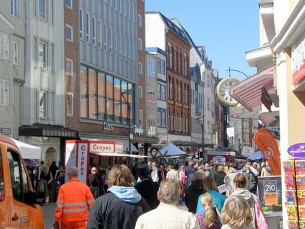 "Pilkentafel Flensburg: ""Aus GeschichteN lernen?"""